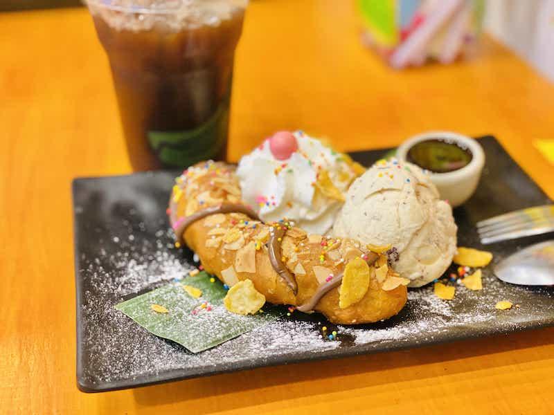 フライドバナナホイップアイスクリーム